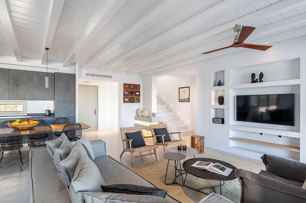 spacious_interiors